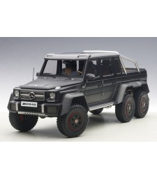 MERCEDES-BENZ G63 AMG 6x6 (MATT BLACK) 2013