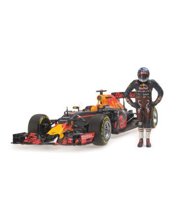 RED BULL RACING TAG HEUER RB12 - DANIEL RICCIARDO - AUSTRIAN GP 2016 - WITH FIGURINE