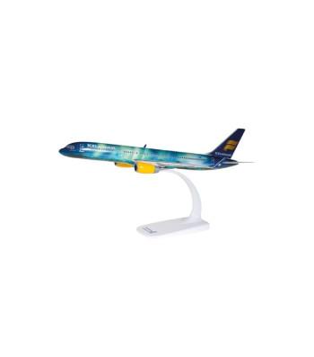 "1:200 Icelandair Boeing 757-200 ""Hekla Aurora"" - snap-fit"
