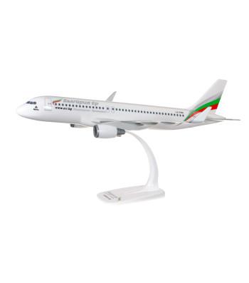 1:100 Bulgaria Air A320-200 - сглобка без лепило
