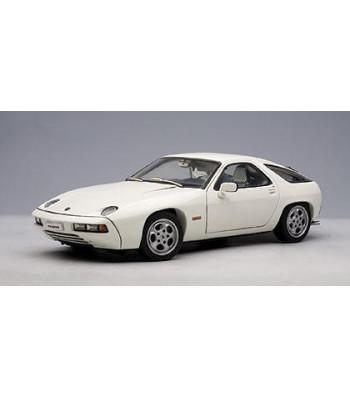 PORSCHE 928 - WHITE