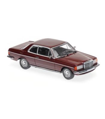 MERCEDES-BENZ (W123) 230CE - 1976 - RED