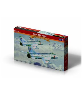 1:72 Свръхзвуков изтребител Су-7БКЛ (SU-7BKL FITTER)