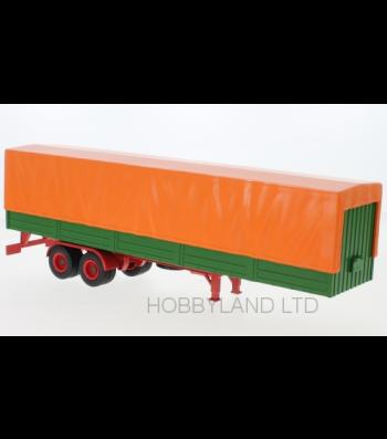 Semi-trailer flatbed platform trailer with cover, orange/green