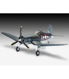 1:32 Самолет Vought F4U-1D Corsair