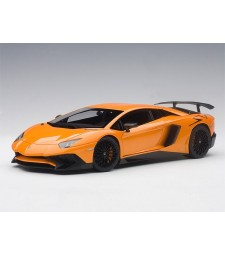 Lamborghini Aventador LP750-4 SV 2015 with big SV logo (arancio atlas/metallic orange, composite model/full openings)
