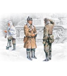 1:35 Пехота на Червената армия (1939-1942) (3 фигури - офицер и 2 войници)