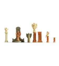 Гробни паметници и статуи