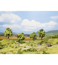 Плодово дърво, зелено - височина 7,5 см, 4 броя