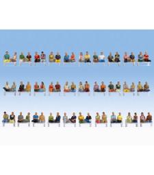 Мега икономичен комплект седящи фигури в мащаб H0 - 60 броя (без крака, без пейки)