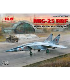 1:72 Съветски самолет за разузнаване МиГ-25 РБФ (MiG-25 RBF, Soviet Reconnaissance Plane)