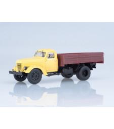 ZIS-150 Flatbed Truck, Yellow-Brown