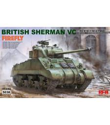 "1:35 Британски Шърман ""VELIKIYE LUKI"" с работещи вериги (ВСBRITISH SHERMAN VC ""VELIKIYE LUKI"" W/ WORKABLE TRACK LINKS)"
