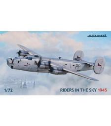 """1:72 Четиримоторни самолети-бомбардировачи Liberator GR Mk.VI и GR Mk.VIII """"Riders in the Sky 1945"""" - комплект от 2 модела"""