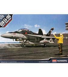 """1:72 Американски изтребител  E/A-18G """"VAQ-141 SHADOWHAWKS"""""""