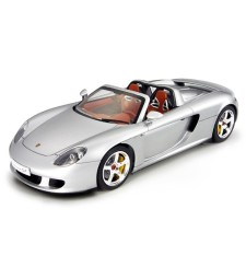 1:24 Автомобил Porsche Carrera GT