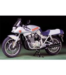 1:12 Мотоциклет Suzuki GSX1100S Katana