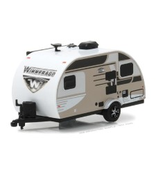 2016 Winnebago Winnie Drop - Champagne Solid Pack - Hitched Homes Series 4