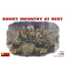 1:35 Съветска пехота в почивка (1943-45) - 4 фигури