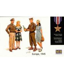 1:35 Европа, 1945 - 4 фигури