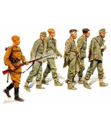 1:35 Германски военнопленниц, 1944 - 6 фигури (German Captives, 1944  - 6 figures)