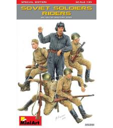 1:35 Съветски войници (седящи), специално издание - 5 фигури
