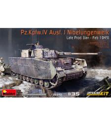 1:35 Германски танк Pz.Kpfw.IV Ausf. J Nibelungenwerk, късна версия (януари- февруари 1945) с интериор