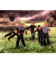 1:35 Германски танков екипаж, Курск - 1943 - 5 фигури (German Tank Crew, Kursk, 1943  - 5 figures)