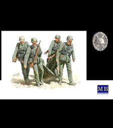 1:35 Евакуация на ранени, Немска пехота, Сталинград, Лятото на 1942 - 4 фигури