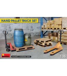 1:35 Комплект от палетни колички, палети и пластмасови бидони (HAND PALLET TRUCK SET)