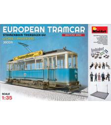 1:35 Европейски трамвай (Strassenbahn Triebwagen 641) с екипаж и пътници – 10 фигури