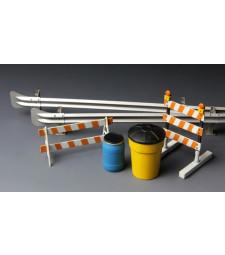 1:35 Барикади и мантинели (Barricades & Highway Guardrail)