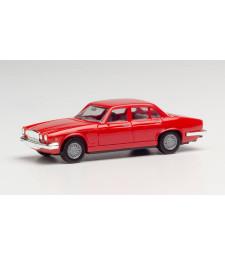 Jaguar XJ 6, red