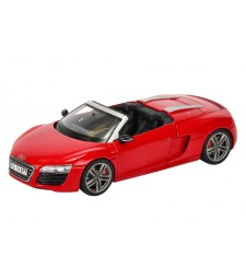 Audi R8 Spyder, red