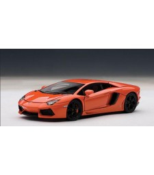 1/43 Lamborghini Aventador LP700-4 2011 (arancio argos/ metallic orange)