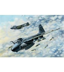 1:48 Американски палубен изтребител A-6E TRAM Intruder