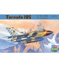 1:48 Двуместен реактивен многоцелеви боен самолет Торнадо (Tornado IDS)