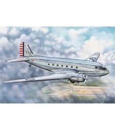 1:48 Транспортен самолет С-48Ц Скайтрейн (C-48C Skytrain Transport Aircraft)