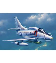 1:32 Палубен бомбардировач на САЩ A-4M Skyhawk