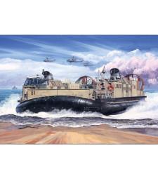 1:72 Американски ховъркрафт USMC Landing Craft Air Cushion (LCAC)