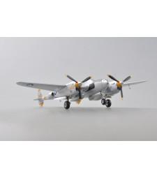 1:72 Американски многоцелеви изтребител P-38