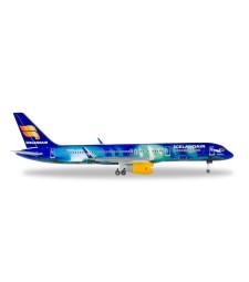 """ICELANDAIR BOEING 757-200 """"HEKLA AURORA"""""""
