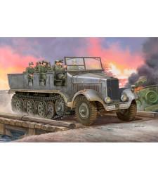 1:35 Германски артилерийски влекач Sd.Kfz.6 (German Sd.Kfz.6 Halbkettenzugmaschine Artillerieausfuhru)