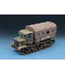 1:72 Съветски влекач Ворошиловец (Soviet Voroshilovets Tractor)