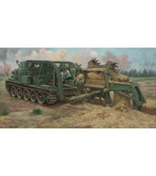 1:35 Високоскоростна машина за изкопаване на окопи БТМ-3 (BTM-3 High-Speed Trench Digging Vehicle)