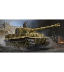 1:35 Германски танк Тигър I, късно производство, с цимерит (Pz.Kpfw.VI Ausf.E Sd.Kfz.181 Tiger I (Late Production) with Zimmerit)
