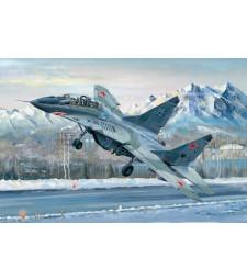1:32 Руски изтребител МИГ-29УБ (Russian MIG-29UB Fulcrum)