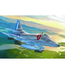 1:72 Американски изтребител А-4Е Ястреб (A-4E Sky Hawk)
