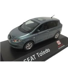 2004-2009 Seat Toledo In Seat Dealer Packaging, Blue Grey