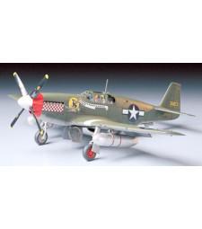 1:48 Американски изтребител Tamiya P-51B Mustang